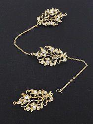 Peranakan Costume Jewellery: kerosang brooch vintage style & detachable