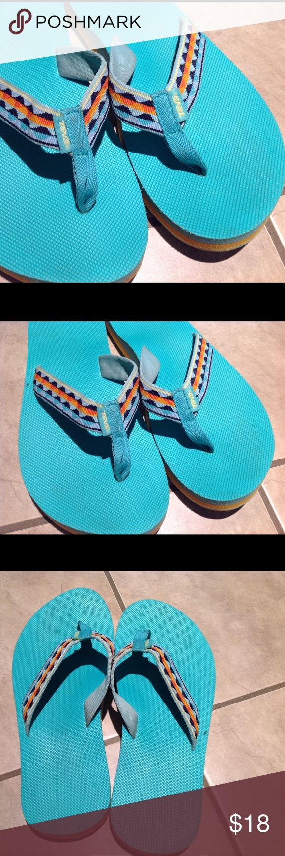 TEVA sandles Gently worn sandles. Green. Teva Shoes Sandals
