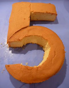 Cake shape: Number 5 - For all your cake decorating supplies, please visit craftcompany.co.uk