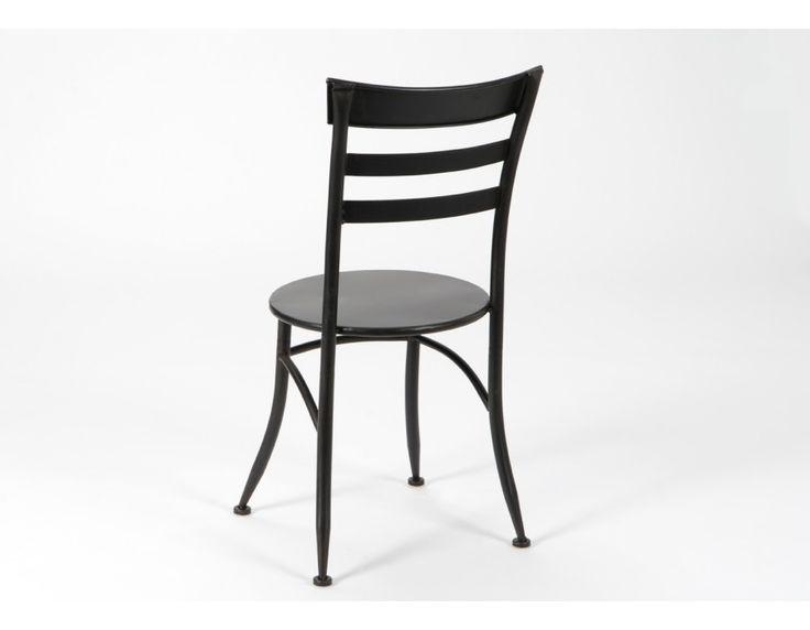 SILLA BISTRÓ RESTAURANTE  Silla de metal en color negro, inspirada en las clásicas sillas de bares y restaurantes franceses.   El resultado es una silla imprescindible para estilos clásicos, vintage o retro, con una composición cuidada y un equilibrio de formas, irresistible.