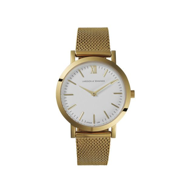 A finer strap and 33mm case make the Liten a lightweight timepiece in the collection. This result is an elegant alternative for women who prefer subtle styles. #watches #design