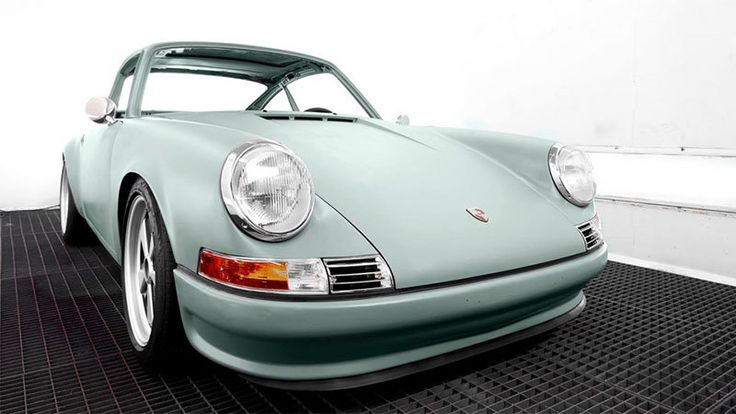 Voitures Extravert revives old Porsche 911s, gives them electric power - Autoblog