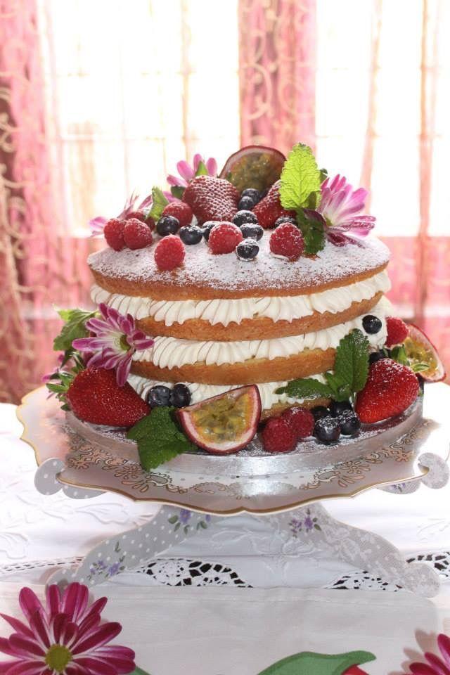 My lovely naked cake!!!