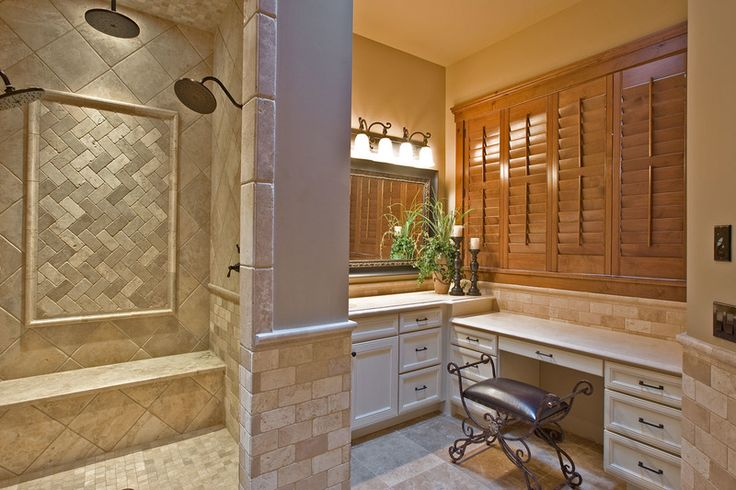 Craftsman Style House Plan - 3 Beds 2.50 Baths 3780 Sq/Ft Plan #132-207 Interior - Master Bathroom - Houseplans.com