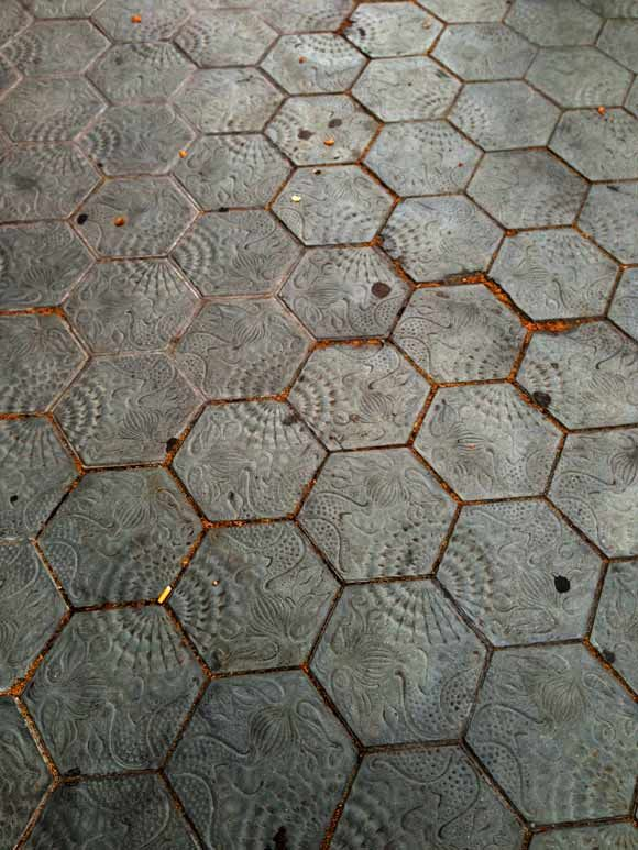 Hexagons-in-spain-inspirational hexagon tiles.
