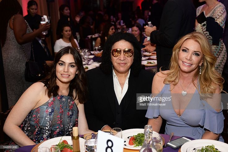 Sophie Tweed-Simmons, Gene Simmons, and Shannon Tweed-Simmons attend the Women…