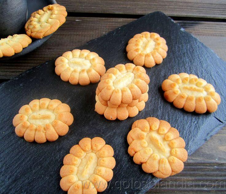 Galletas de mascarpone fácil receta casera, paso a paso.  http://www.golosolandia.com/2014/02/galletas-de-mascarpone.html