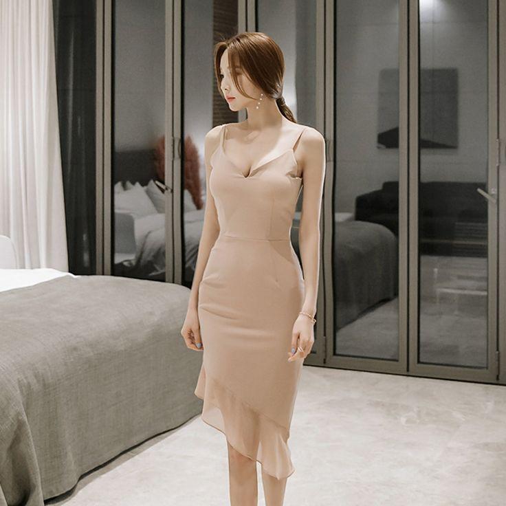 2017 Summer Bandage Bodycon Dress for Women Sleeveless V-neck Ruffles Vintage Sheath Robe Sexy Club Dress Party Night Vestidos