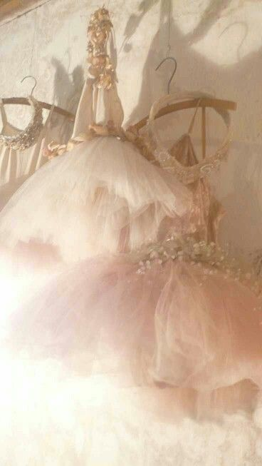 Pink   Pastel   Rosé   Salmon   Peach   Pinku   Rozovyy   Rosa   ピンク   розовый   Rosado   hanging tutus