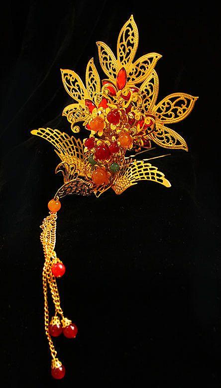 phoenix hair pin Isn't this beautiful?