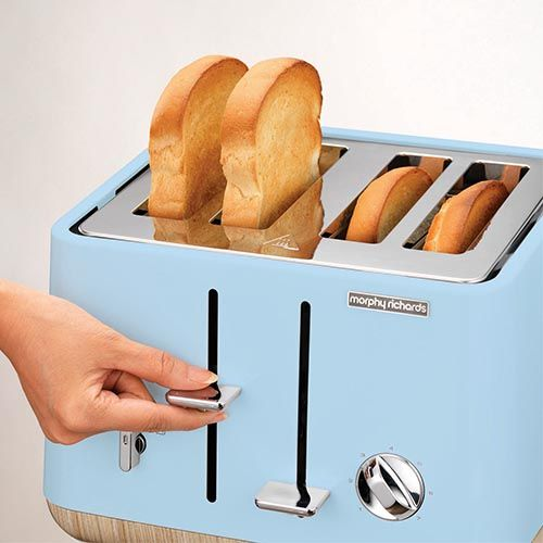The Scandi Azure (blue) Aspect 4-slice toaster with wooden trims has that Scandinavian style of simplicity and elegance, blended together in an efficient appliance.