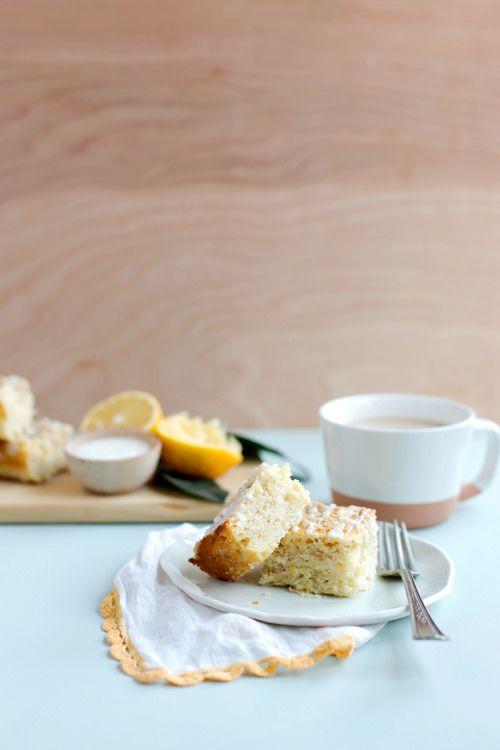 Triple Lemon Streusel Cake | hungrygirlporvida.com