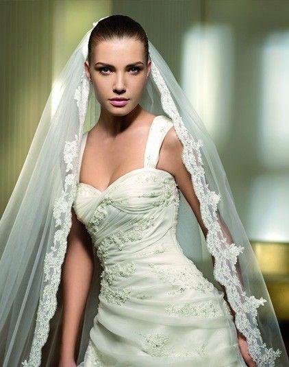 Perfume - Pronovias - Esküvői ruhák - Ananász Szalon - esküvői, menyasszonyi és alkalmi ruhaszalon Budapesten