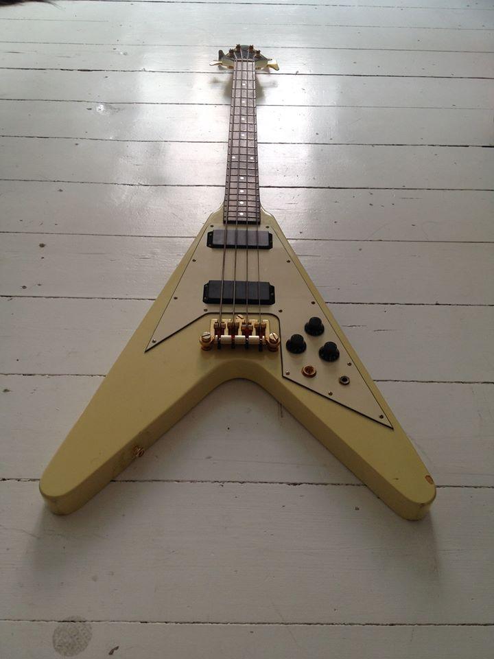 gibson flying v bass basses vintage guitars gibson guitars guitar. Black Bedroom Furniture Sets. Home Design Ideas