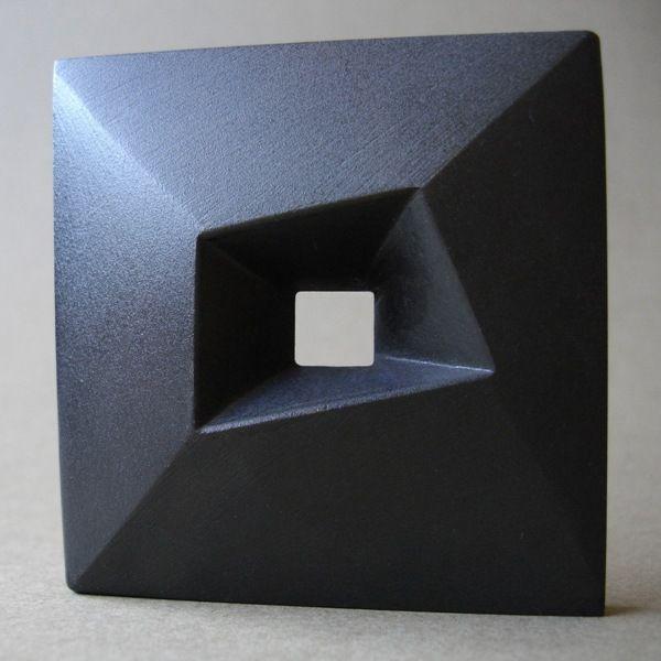 163 best moderne skulpturen aus stein modern stone sculptures images on pinterest abstract. Black Bedroom Furniture Sets. Home Design Ideas