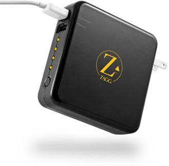 ZAGGsparq é um carregador de bateria capaz de recarregar iPhone, iPods e até mesmo o iPad: http://blogdoiphone.com/2011/07/zaggsparq-e-um-carregador-de-bateria-capaz-de-recarregar-iphone-ipods-e-ate-mesmo-o-ipad/