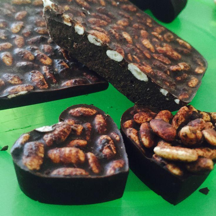 Homemade Raw Dark Chocolate #foodie POST by Elite Member @lyliarose #fdbloggers #rawchocolate #darkchocolate #recipe