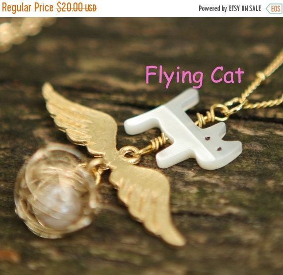 ON SALE CHRISTMAS Sweet Flying Dream Love Cat by JamiesQuilting