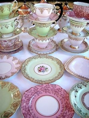 shabby chic dishes and teacups♥♥