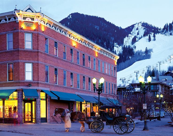 Aspen, Colorado Downtown Hotels and Lodging | Frias Properties