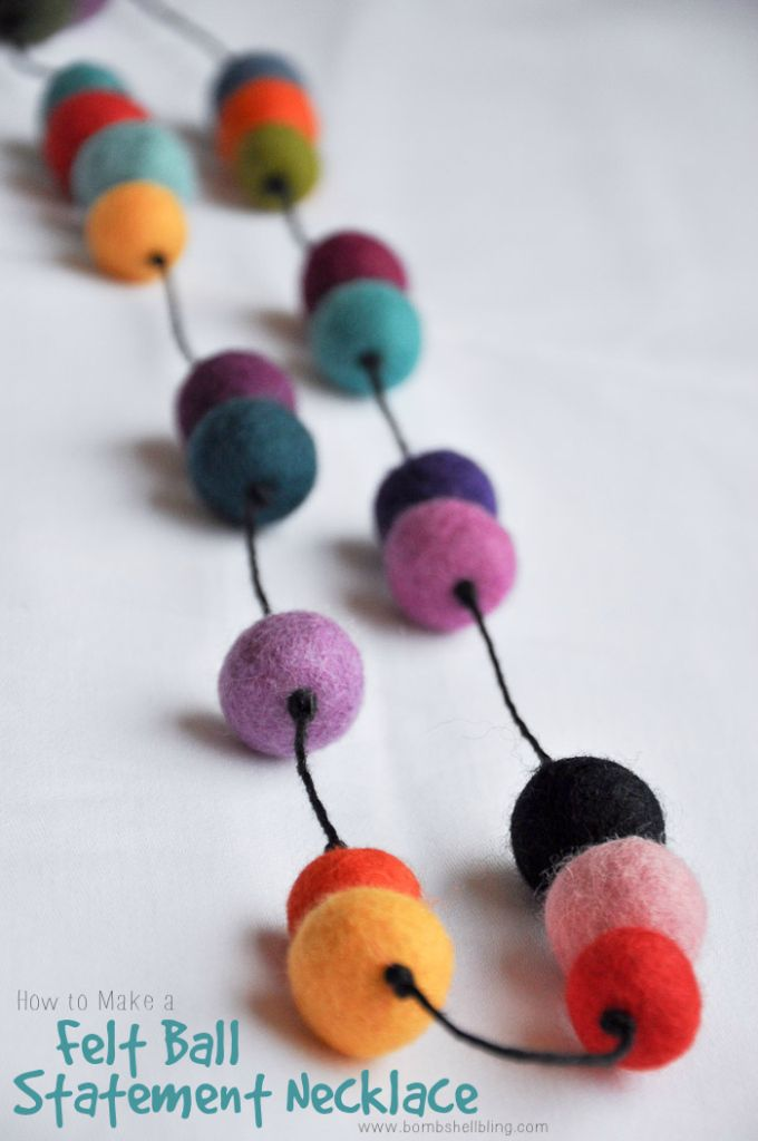 This colorful felt ball necklace tutorial is simple to make and a FABULOUS statement jewelry piece!