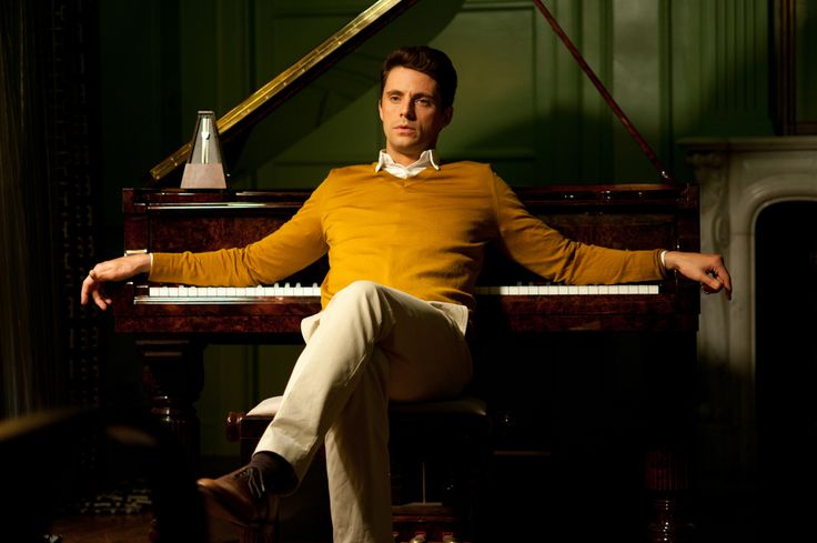 Like him in Leap Year, love him in A single man and adore him in Stoker- Matthew Goode