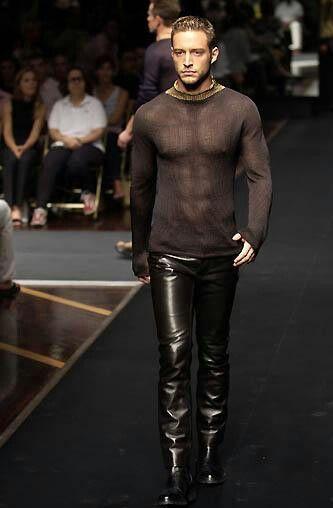 51 Best Hot Runway Images On Pinterest  Models, Hot Men -1664