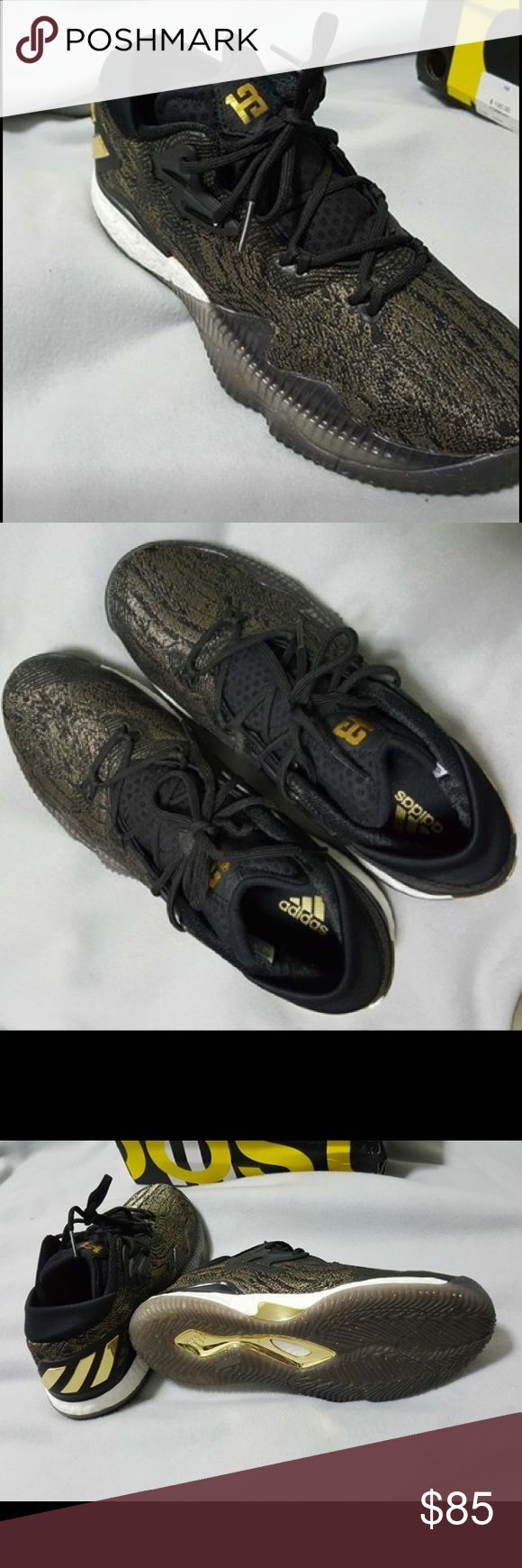 Adidas crazy light 2016 Has boost technology, great basketball or casual shoe, The condition is 9/10 worn a couple times. The box is damaged Adidas Shoes Sneakers