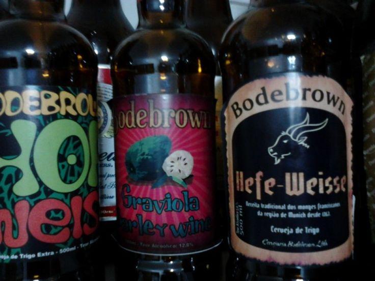 Cerveja Bodebrown Graviola Barley Wine, estilo Barley Wine, produzida por Cervejaria Bodebrown, Brasil. 12% ABV de álcool.