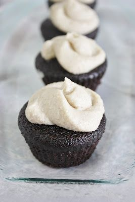 Guinness Chocolate Cupcakes with Vanilla Whiskey Frosting: makes about 20 cupcakes   Vegan