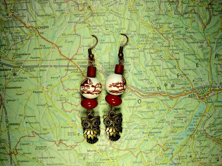 Orecchini Pendenti con gufi di L'atlante dei Bottoni Bijoux su DaWanda.com