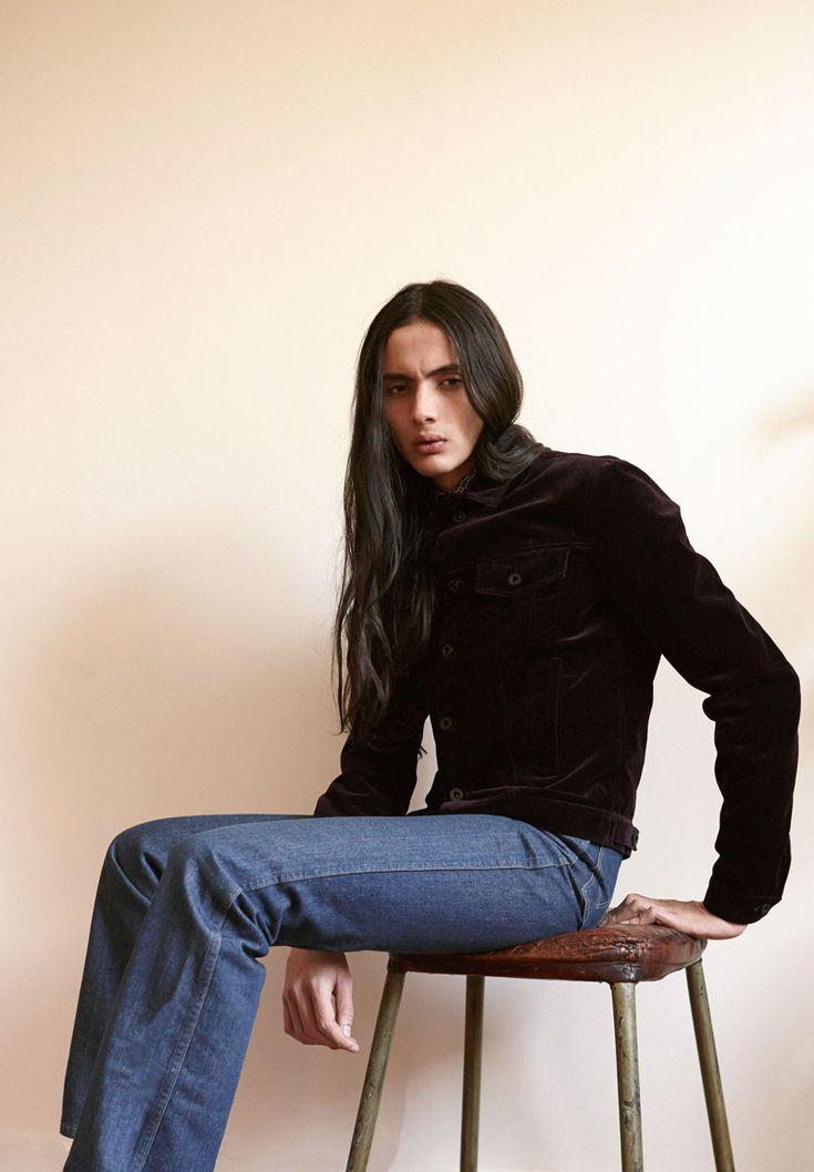 Ricardo Dom�nguez at Premium Models Paris captured by Noel ...