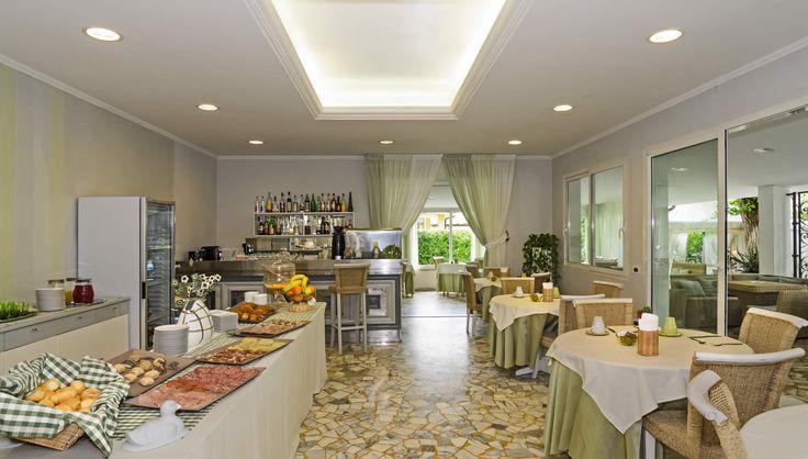 Hotel a Marina di Pietrasanta albergo in Versilia Pinamar 3 stelle b&b
