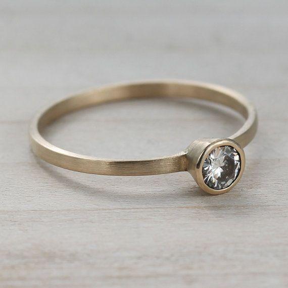 Engagement Rings Netherlands: 4mm Slim & Skinny Ethical Women's Engagement Ring