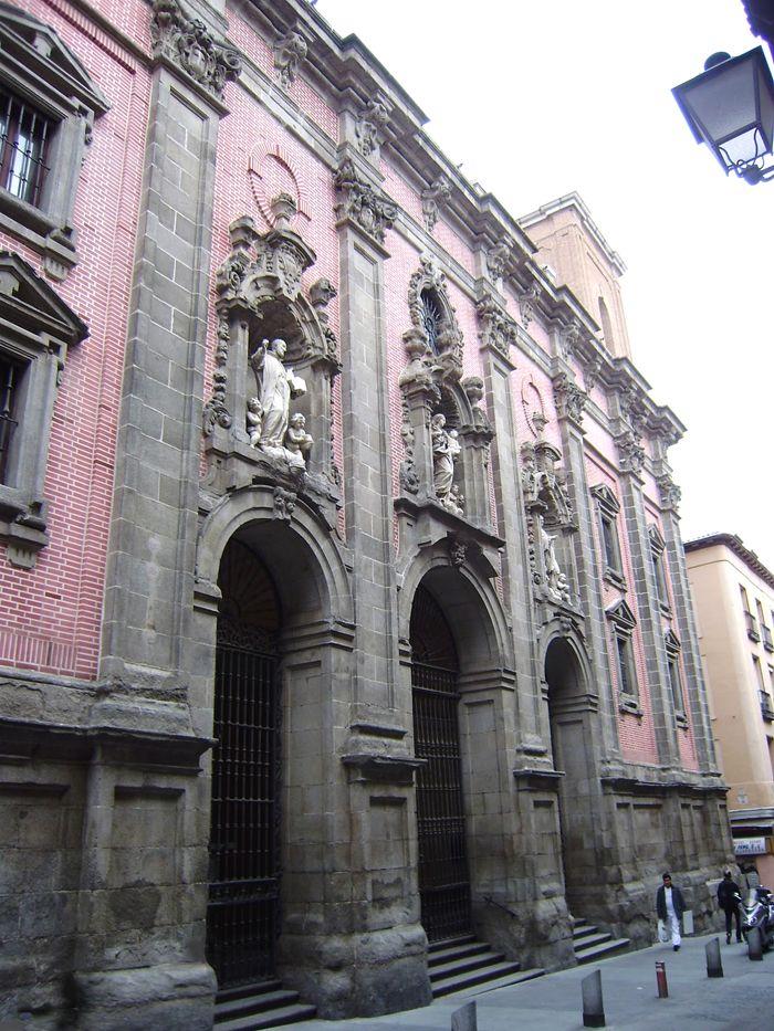 Madrid: Iglesia de San Cayetano en la calle de Embajadores