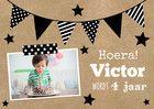 Trendy uitnodigingskaart met vlaggetjes en eigen foto.