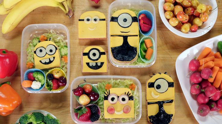 Your Kids Will Love This Easy-to-Make Minions Bento Box: Bello! We teamed up with Jimmy and Ashley from Feast of Fiction to make some of our favorite fictional characters - the Minions - into an adorably despicable edible bento box sandwich.