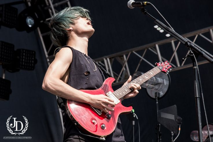 Punkvideosrock | ONE OK ROCK Photo Gallery at Self Help Fest 2016, Taka Talks New Album & Good Charlotte Album w/ @RobertHerrera3