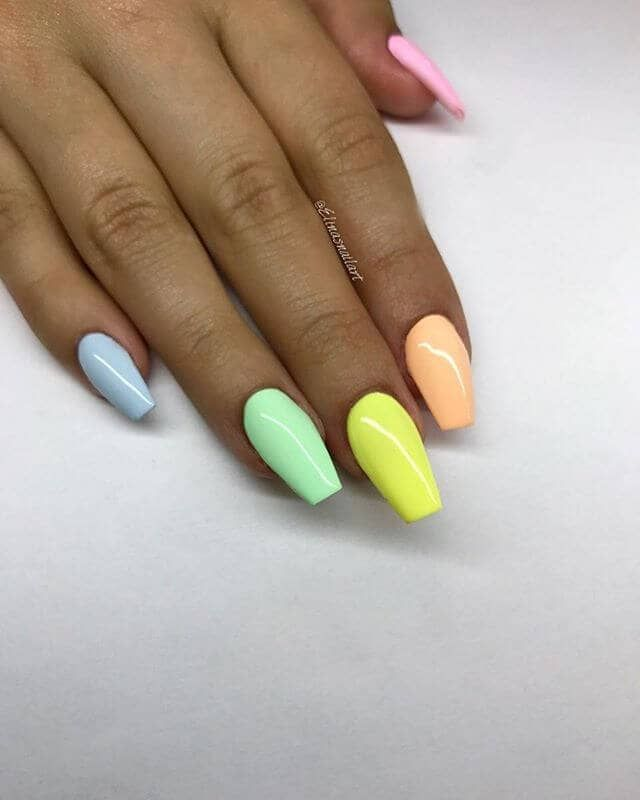 50 Awesome Coffin Nail Designs You Ll Flip For Coffinnails Coffinnaildesign Coffinnails Coffi Short Coffin Nails Coffin Nails Designs Types Of Nails Shapes