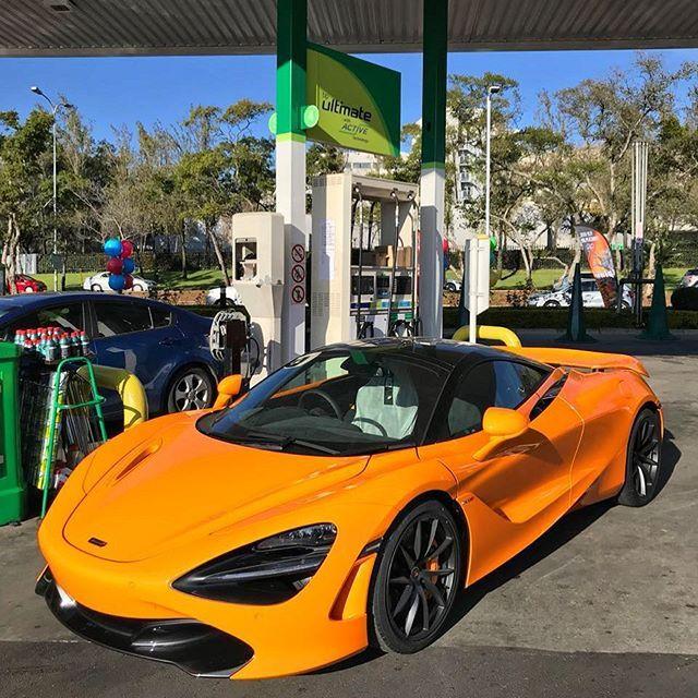 Mclaren Orange Pops Properly On The 720s Via Car Neiro Exoticspotsa Zero2turbo Southafrica Mclaren 720s Mclarenorange Mclaren Car Sweet Cars