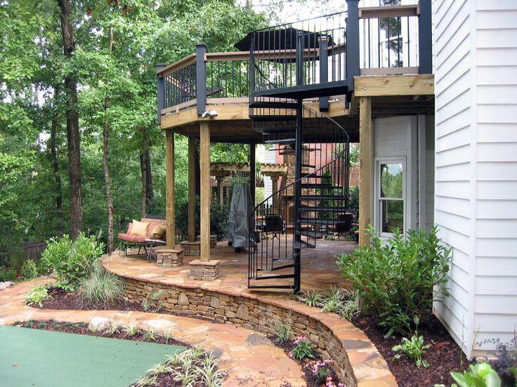 Best 20 Amazing Decks With Spiral Staircase Designs Spiral 400 x 300