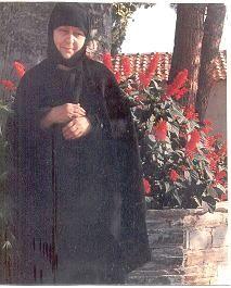 Η Γερόντισα Μακρίνα της Πορταριάς Βόλου  (1921-1995)  Πάντα εν σοφία...   Όπως αναφέραμε, (διηγείται ο πατήρ Εφραίμ Φιλοθεϊτης ), ο (πρώτος...