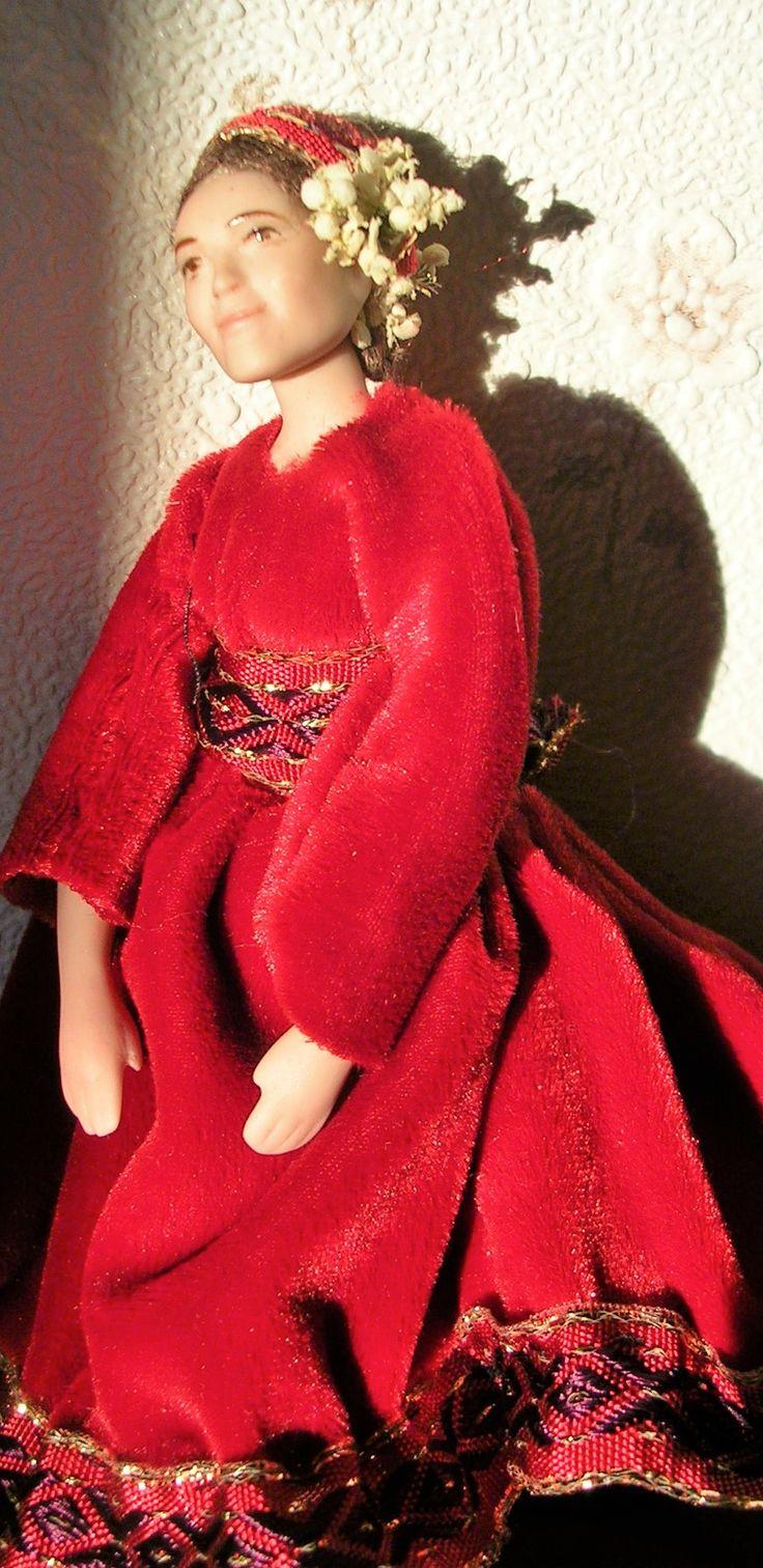 Doll by Taru Astikainen, styling by Anne, Malakoffit  - Sofka