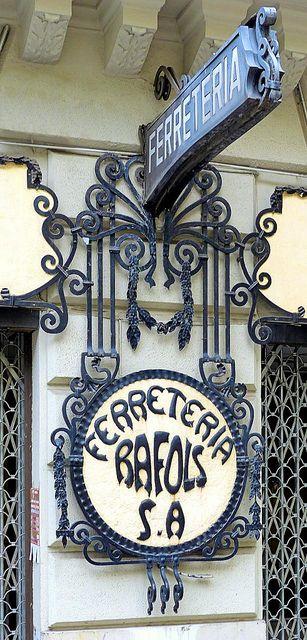 Организуем Ваш отдых в Барселоне и Каталонии; встретим в аэропорту; подберём апартаменты по Вашему желанию;  проведем увлекательные экскурсии; самые аутентичные и винтажные  места в Барселоне : !  http://barcelonafullhd.com/   +34 664806309