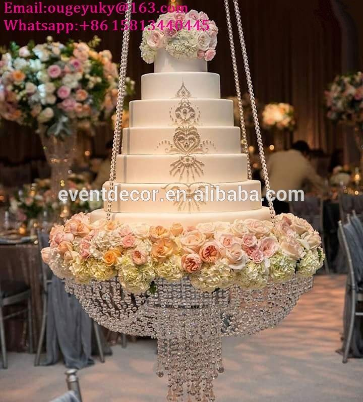 Best 25 Chandelier Cake Stand Ideas On Pinterest