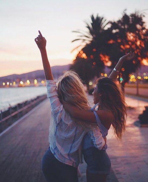 • Pinterest: • V E E • Bff goals, best friend, girlfriends, travel, love ….