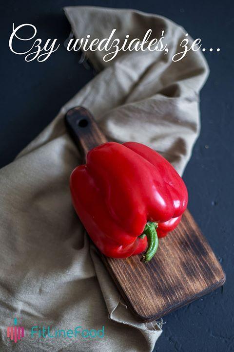 Czy wiedziałeś, że czerwona papryka wspomaga organizm w walce ze zmarszczkami? / Did you know, that red bell pepper can help with reducing wrinkles? www.fitlinefood.com