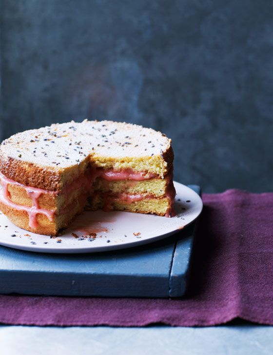 Lavender sponge cake with rhubarb curd. A gorgeously fragrant and fruity cake, it is the perfect sweet treat.