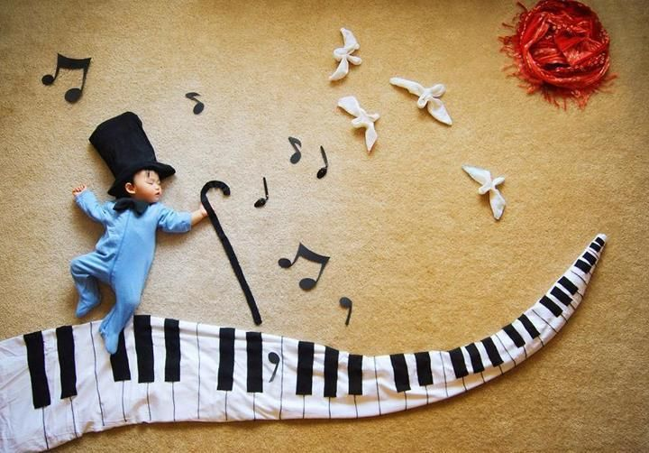 Creative Mom Turns Her Baby's Naptime Into Dream Adventures | Just Imagine - Daily Dose of Creativity