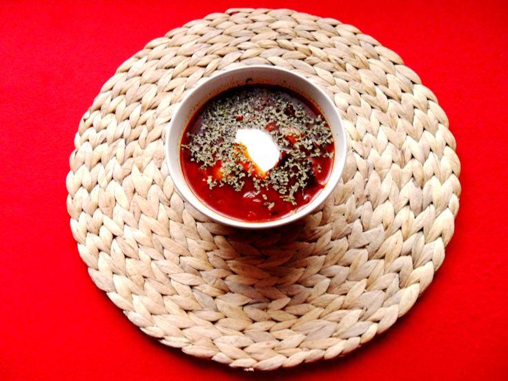 Zkuste tento recept na vegetariánský boršč a rozhodně nebudete litovat.